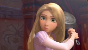 Filmstill: Rapunzel weiß sich zu helfen.