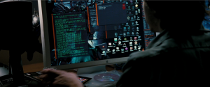 "Filmszene: ""Stirb langsam 4.0"": Hacken am anonymen Computer"