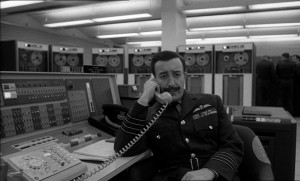 """Screenshot """"Dr. Seltsam"""": Computertechnik auf dem Stützpunkt Burpelson"""